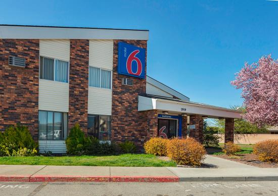 Motel 6 Spokane East