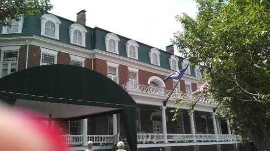 The Martha Washington Inn and Spa: IMG_20160507_125006_large.jpg