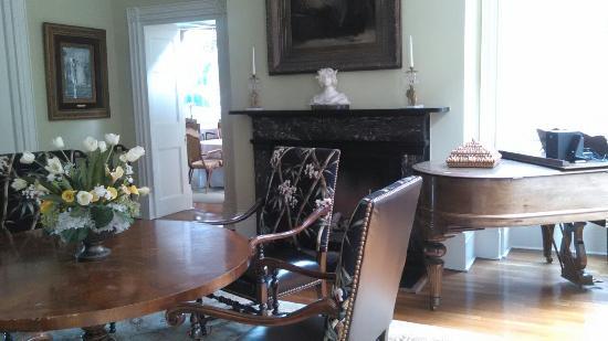 The Martha Washington Inn and Spa: IMG_20160507_130640_large.jpg
