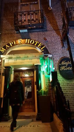 Maple Hotel Photo