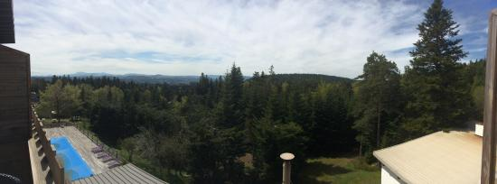 Clair Matin : Panorama depuis la terrasse privative