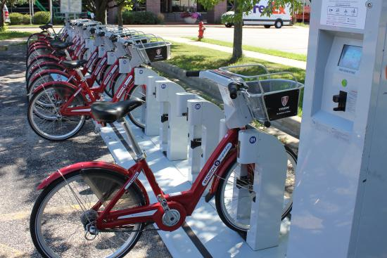 Comfort Inn Madison - Downtown: Bike Rental within walking distance