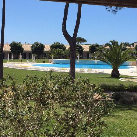 Vila Bicuda Resort: Uitzicht vanaf het terras van de Vila.