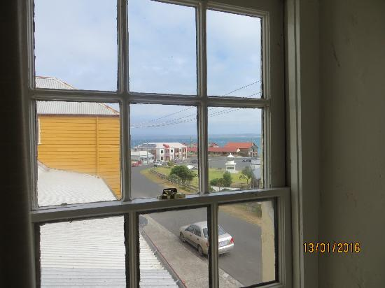BayView Guesthouse: View to the bay