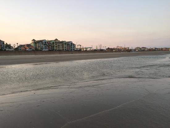 The Dawn Galveston Condominiums Bild