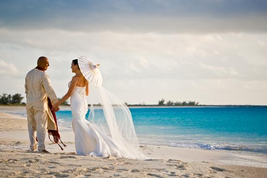 Turks and Caicos: Brilliant Vows