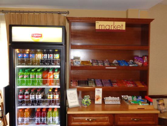 SpringHill Suites Port St. Lucie: Our Market is perfect for a Snack or Beverage