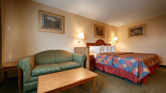 Napoleon, Οχάιο: Guest Room