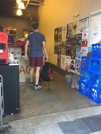 Garage espresso tripadvisor for Garage expresso moissy cramayel