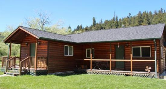 Elk Meadow Cabins: Beachcomber Cabin
