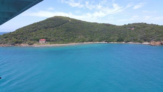 La Costa del Ámbar: Approaching Amber Cove