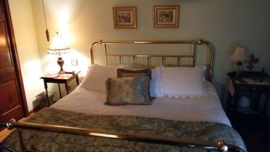 The Savoy Bed And Breakfast Scott La