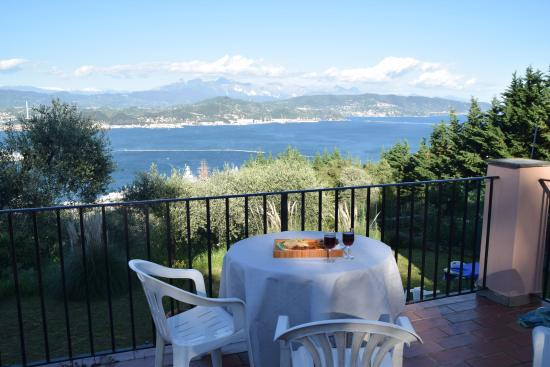 Le Terrazza Sul Golfo: View from the patio (separate from the apartment)