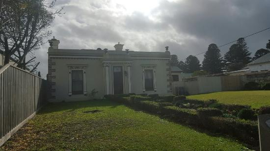 Port Fairy Hostel: 20160510_103914_large.jpg