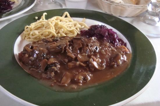Black Forest Restaurant: snitzel with mushroom gravy
