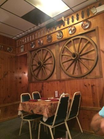 Fredrick Inn Steakhouse: photo0.jpg