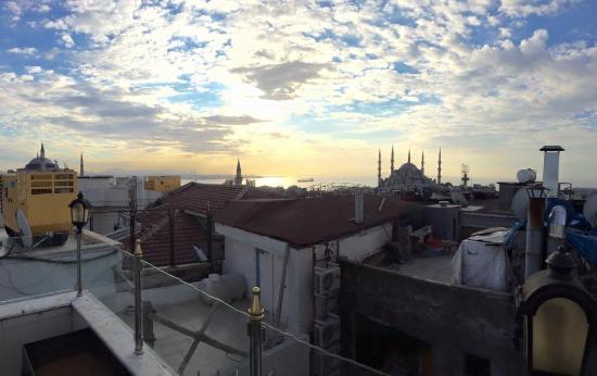 Aldem Hotel: Hotel rooftop terrace
