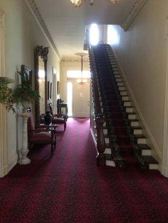 Natchez, MS: Inside Magnolia Hall entrance