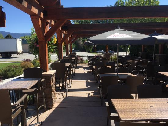 Summerland, Kanada: Our new patio 2016