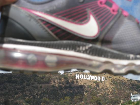 Hollywood: I`m here!