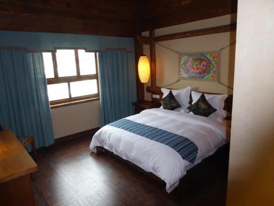 Dibei Hotel and Lost Horizon
