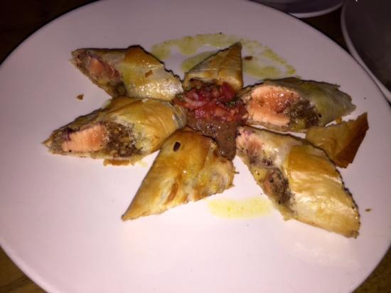 Saha : Salmon Baklava