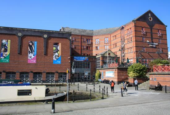 The Castlefield Hotel: Hotel Exterior