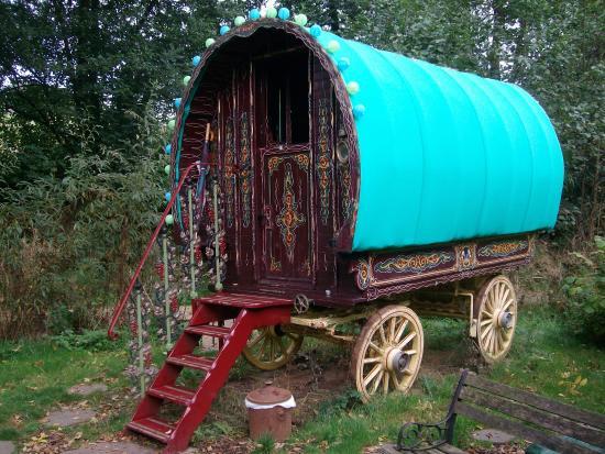 Hoarwithy, UK: The wonderful full door Bowtop