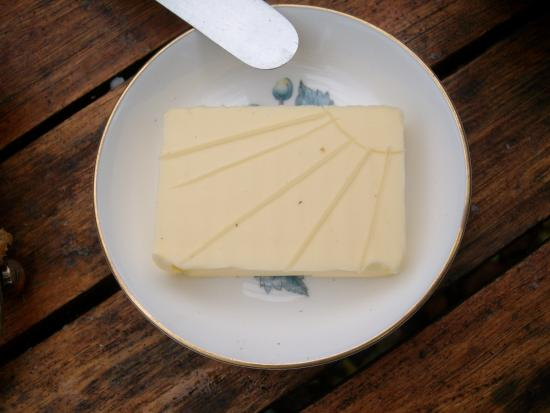 Hoarwithy, UK: ...even the butter is lovingly crafted!