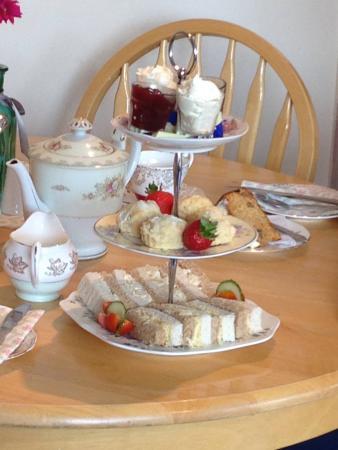 Elham, UK: Afternoon Tea