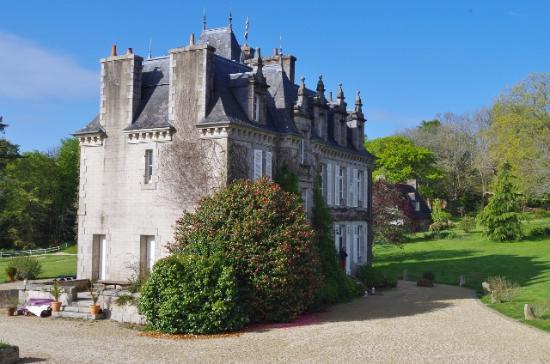 morning view of chateau du henan picture of manoir de kerangosker pont aven tripadvisor. Black Bedroom Furniture Sets. Home Design Ideas