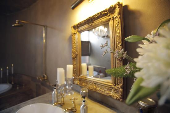 Liedjiesbos B&B: Letsatsi bathroom