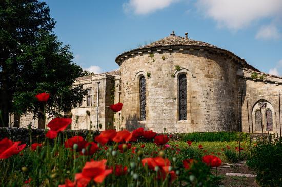 Lodeve, France: prieuré Saint Michel de Grandmont - façade