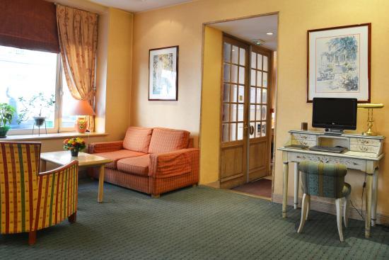 Residence du Pre: Lobby