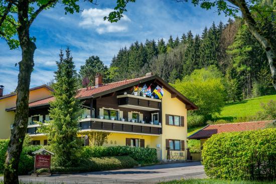 Gästehaus-Pension Zeranka: Hotel Garni Gästehaus Zeranka