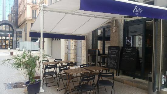 1Solites Cafe