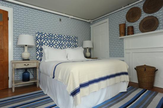 Ships Inn: Crisp & charming interiors