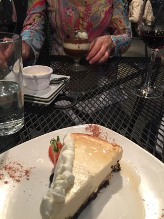 Orleans Grapevine Wine Bar and Bistro: Awesome experience