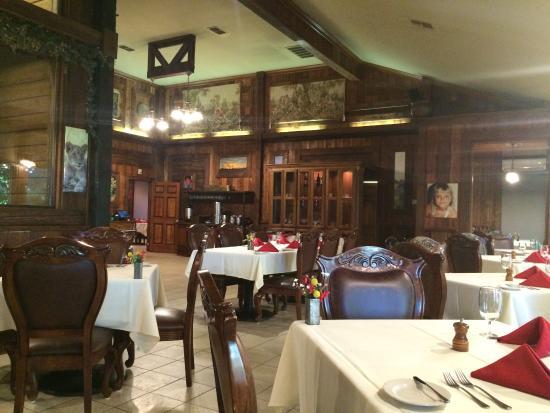 Dessert plate picture of kiepersol restaurant tyler for Restaurants in tyler tx