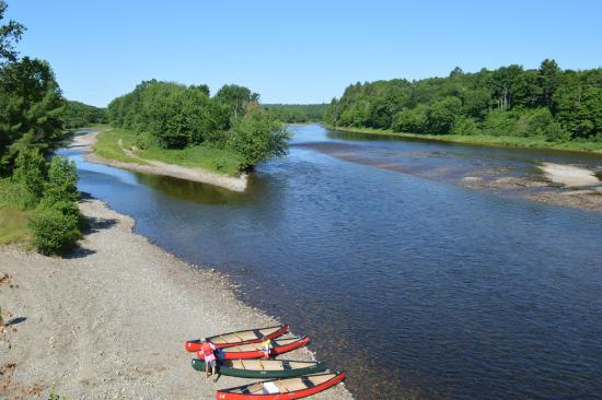 Doaktown, Canadá: Explore the Miramichi River by kayak, canoe, stand up board or tube!