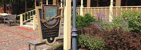 Zionsville, IN: Look for our sign and flower garden