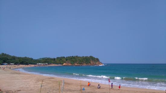 Tambakrejo Beach: Syarfans Travel - Pantai Tambak Rejo