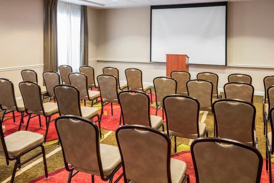 Hilton garden inn irvine east lake forest 149 1 7 0 updated 2018 prices hotel for Hilton garden inn lake forest ca
