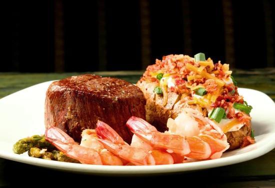 Market Grill Steak & Seafood: Filet Mignon and Shrimp Combo!!!