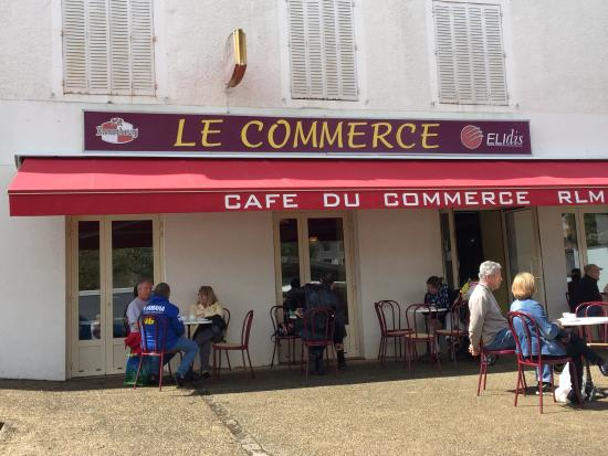 Lezay, Frankrig: Le Cafe du Commerce