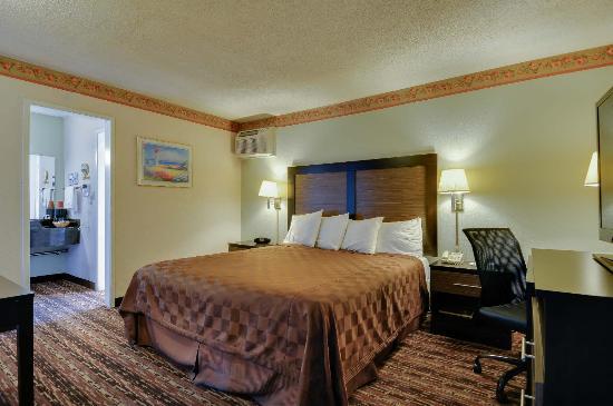 Vagabond Inn Sunnyvale : King Bed 6
