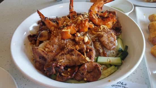 Quang Trung Restaurant