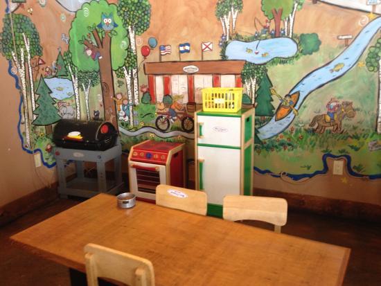 อีเกิล, โคโลราโด: Kids area