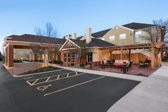 Homewood Suites by Hilton Columbus Hilliard : Exterior