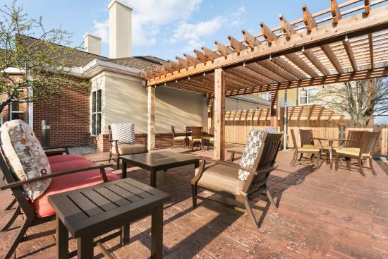homewood suites by hilton columbus hilliard 137 1 4 6. Black Bedroom Furniture Sets. Home Design Ideas